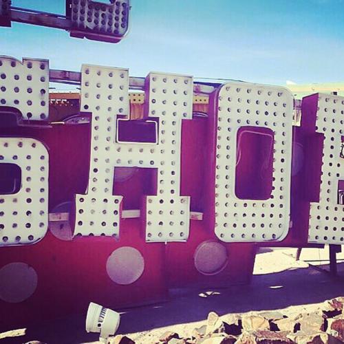 Las Vegas Neon Museum: Shoe