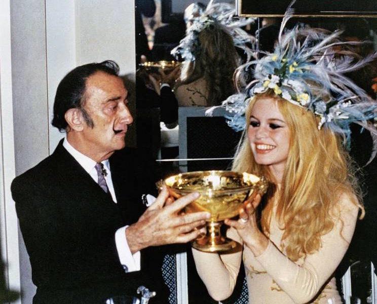 Salvador Dalí and Brigitte Bardot, support for Macmillan