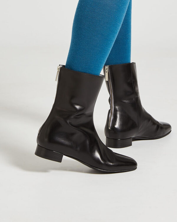Ops&Ops No12 Classic Black leather go-go boots close-up with blue tights