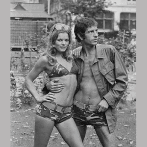 Camouflage: Camo goes to the beach, 1971
