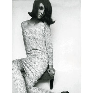 Grace Coddington in trademark Varon matching dress and tights
