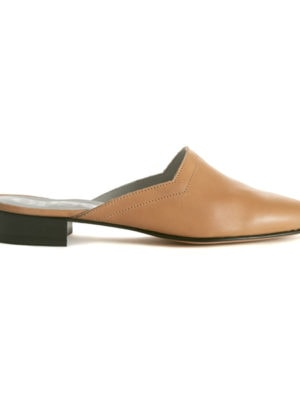 Ops&Ops No13 Latte leather slides with black heel, side view